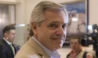 Alberto Fernández llega a Río Gallegos para su primer acto público como candidato presidencial