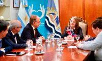 El presidente de YPF fue a Santa Cruz a ver a Alicia Kirchner y analizaron proyectos para la provincia